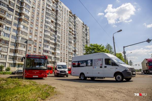 Пыхтящие автобусы возмутили жителей Дзержинского района
