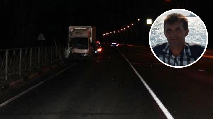 Подробности смертельного ДТП с грузовиком: у погибшего экспедитора не нашли денег за сданный груз