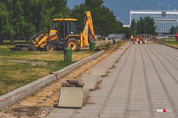 В центральном квартале эспланады начались строительные работы