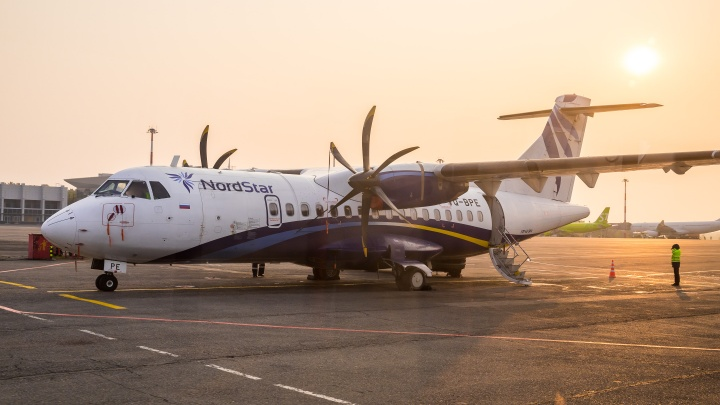 Самолет из Северо-Енисейска приземлился в красноярском аэропорту со сбоем в работе шасси