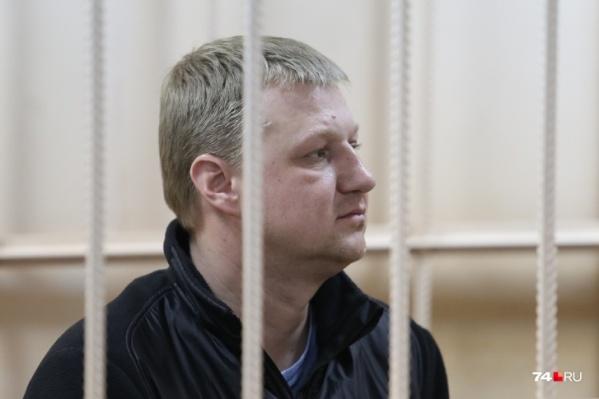 Евгений Пашков с момента задержания в декабре прошлого года пребывает под стражей