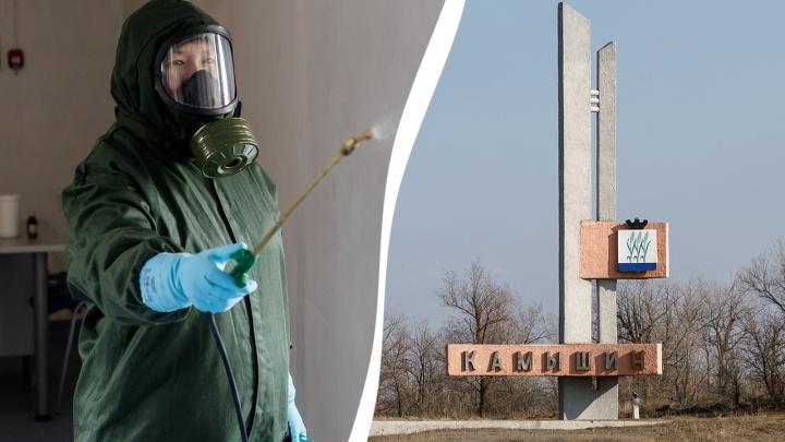 «Солдат и офицеров не подпускать»: под Волгоградом коронавирус выявлен у директора сетевого магазина