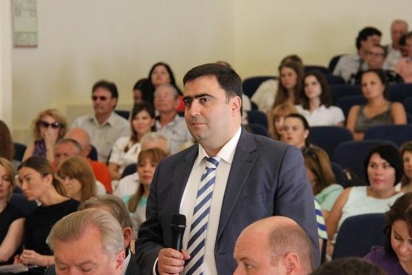 Григоряна будут судить за превышение должностных полномочий