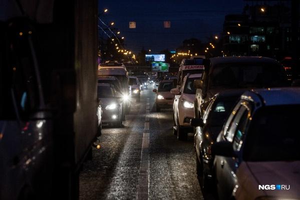 Ни водители, ни пешеходы не могут начать движение