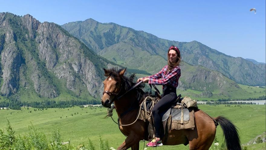Без шведского стола, но под звездами: северянка — о том, как съездить на Алтай и что там посмотреть