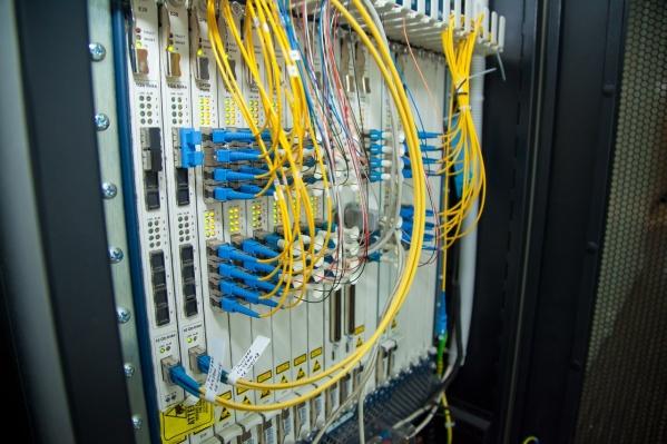 Максимальные нагрузки на сеть наблюдаются, как правило, с 18:00 до 23:00