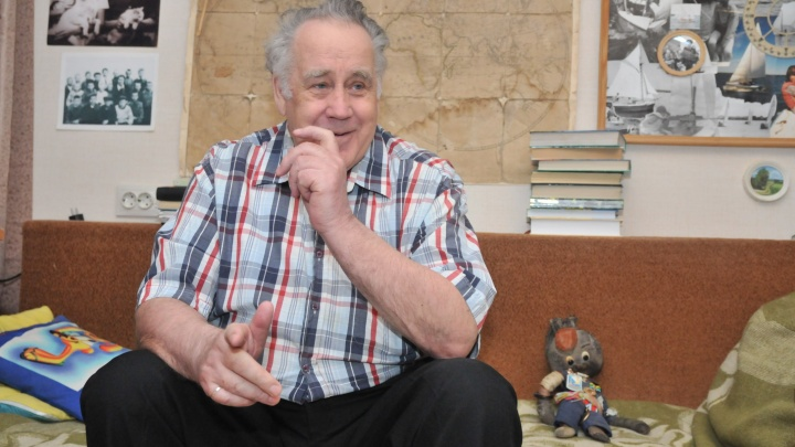 «Семья с трудом уговорила»: Владислава Крапивина снова госпитализировали