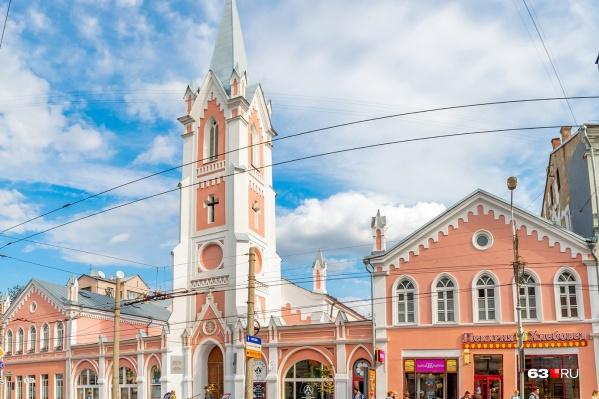 Лютеранская церковь находится в историческом центре города