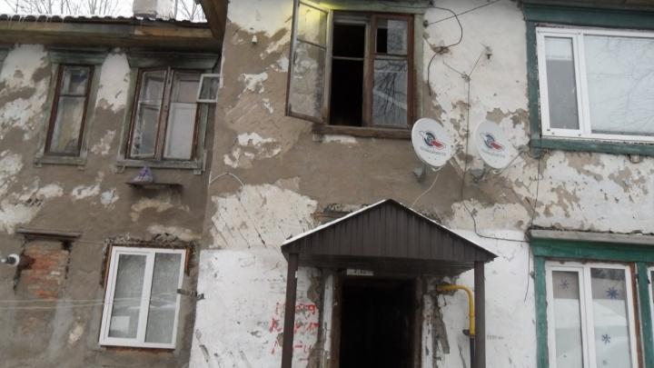 В Уфе мать с дочерью судятся с мэрией за право съехать из аварийного жилья