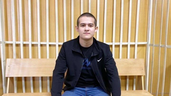 Шамсутдинова, расстрелявшего солдат в войсковой части под Читой, привезли отбывать наказание в Тюмень