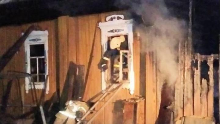 В Кудымкаре следователи возбудили дело из-за гибели троих человек на пожаре