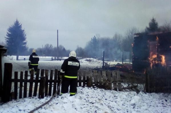 У пожарных ушло три часа на то, чтобы добраться до деревни