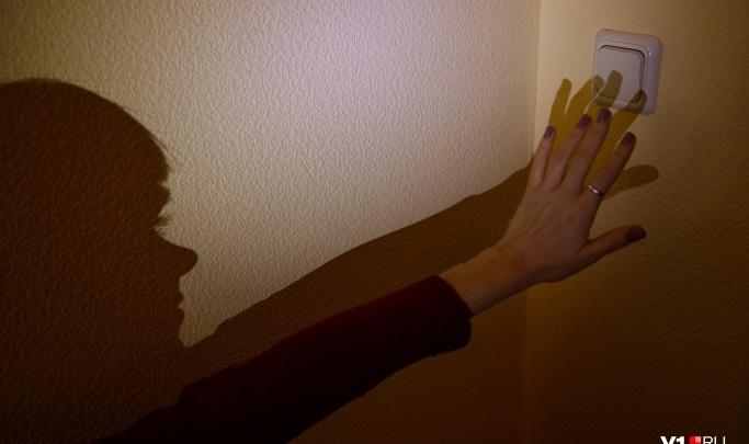 Десятки домов на Ангарском и на севере Волгограда 20 августа оставят без электричества