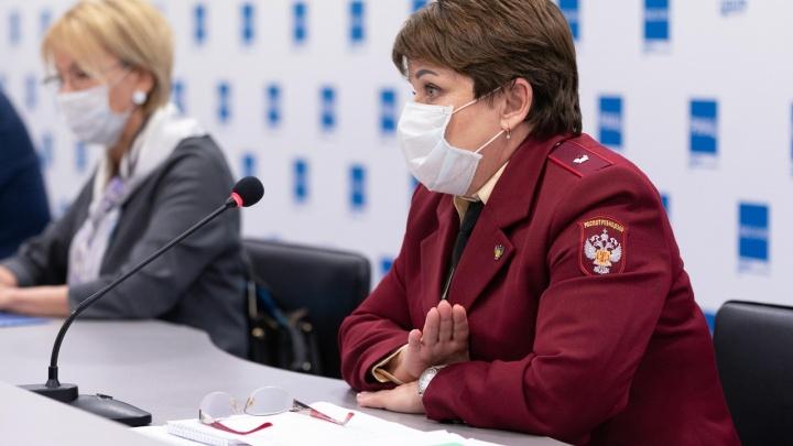 «Родители просят — не надо дистанта»: оперативный штаб отказался отправлять школьников Волгограда на удалёнку