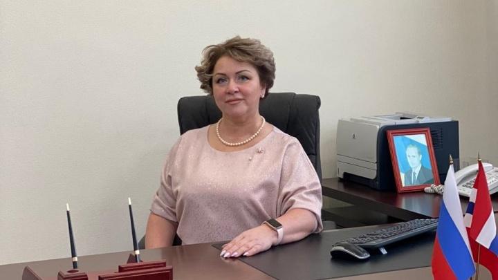 Из-за коронавируса председателя омской РЭК назначили на семь месяцев позже