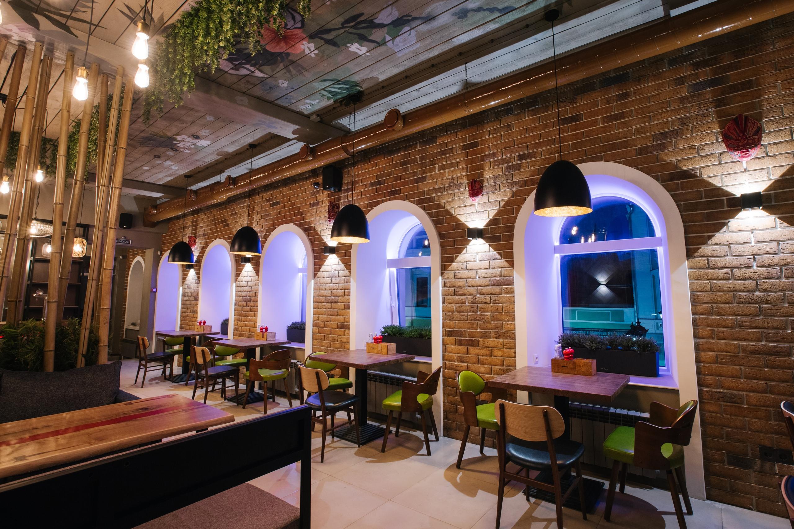 Посетить атмосферный ресторан в неспешные выходные — что может быть лучше?