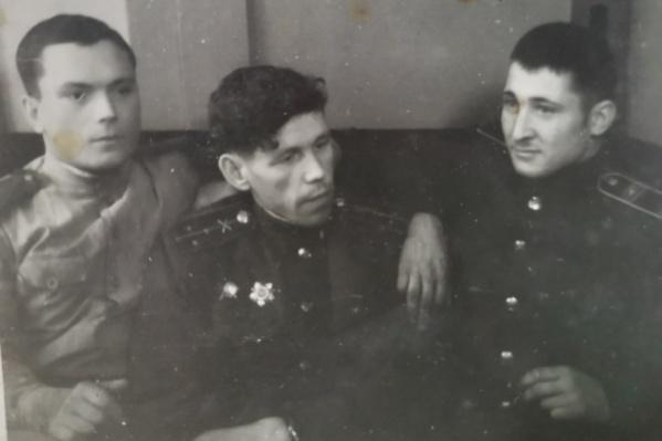 Анатолий Готин (на снимке справа) был трижды ранен и контужен во время Великой Отечественной войны