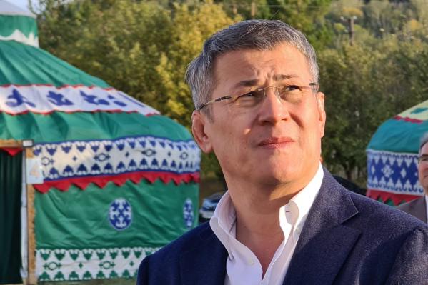 Радий Хабиров попросил подчиненных всегда объяснять жителям региона причины принятых решений