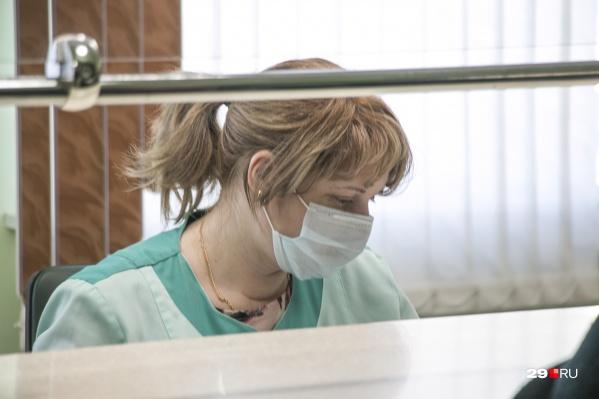 Пациент изолирован, заболевание протекает в легкой форме, по сообщению главы МО «Няндомское» Виктора Коновалова