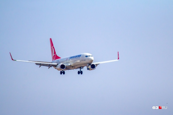 """Авиакомпания Turkish Airlines <a href=""""https://63.ru/text/world/69364306/"""" target=""""_blank"""" class=""""_"""">готова возобновить</a> рейсы в шесть городов России уже с 1 августа"""