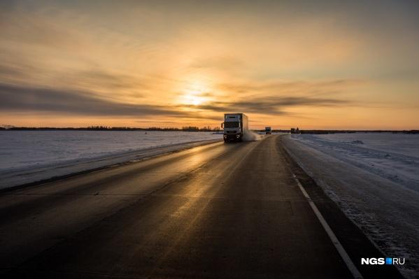 Обе компании занимались строительством и ремонтом дорог как в Новосибирской области, так и в других сибирских регионах