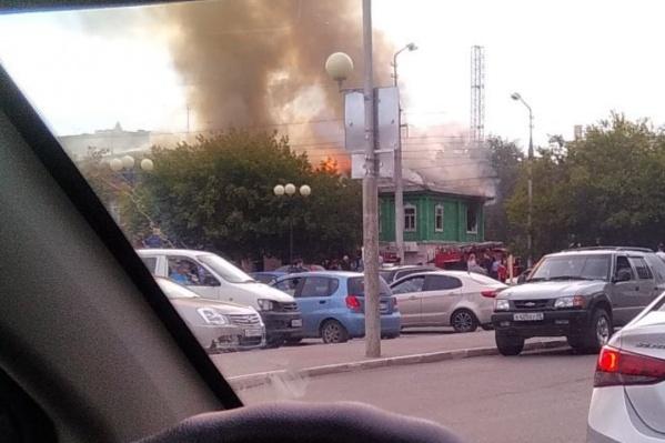 Пожарные ликвидировали возгорание в доме