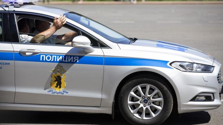 Пьяный лихач летел на красный: в Ярославле произошла погоня со стрельбой