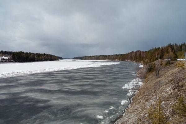 «Наложение дождевых паводков на половодье» — так объясняют причину повышения уровней воды на реках региона<br>