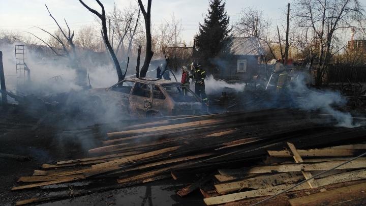 Пожар на Судостроительной: погорельцы считают, что это поджог