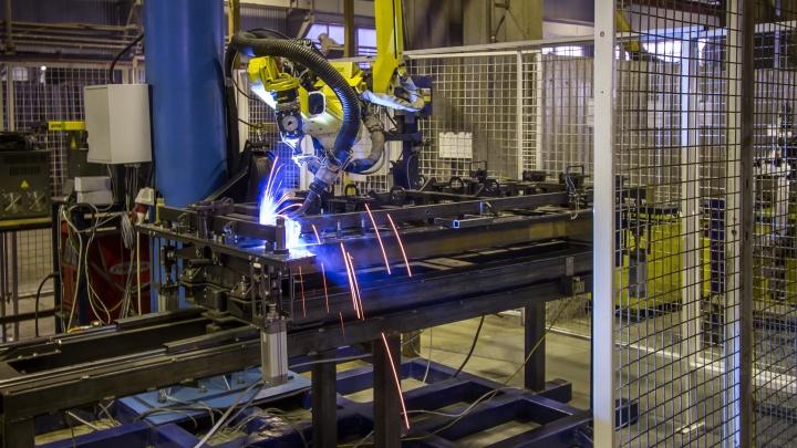 На заводе МЕГИ открыто более 300 вакансий для всех жителей республики