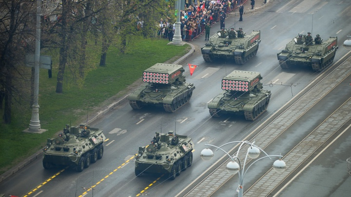 Назло самоизоляции: 9 мая по улицам Екатеринбурга проедет патриотическая колонна с бронетехникой