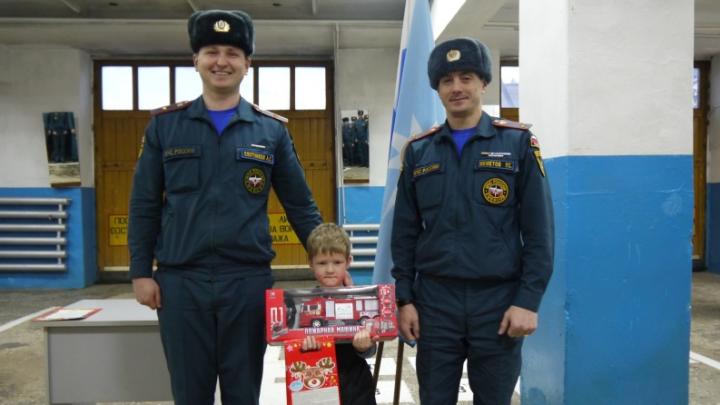 Первокласснику из Прикамья вручат награду за спасение братьев на пожаре