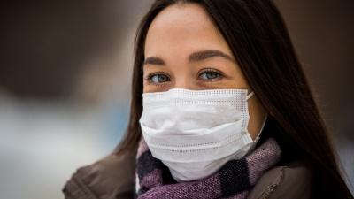 Хотела купить маски в Сети: жительницу Дзержинска развели на 54 тысячи рублей