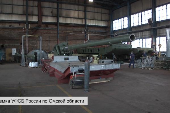 В компании «Ост-Вест-Конверс» ремонтировали в том числе военные пушки