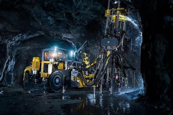 «Норникель» закупил самоходные буровые установки, погрузочно-доставочные машины, шахтные автосамосвалы ивспомогательное оборудование