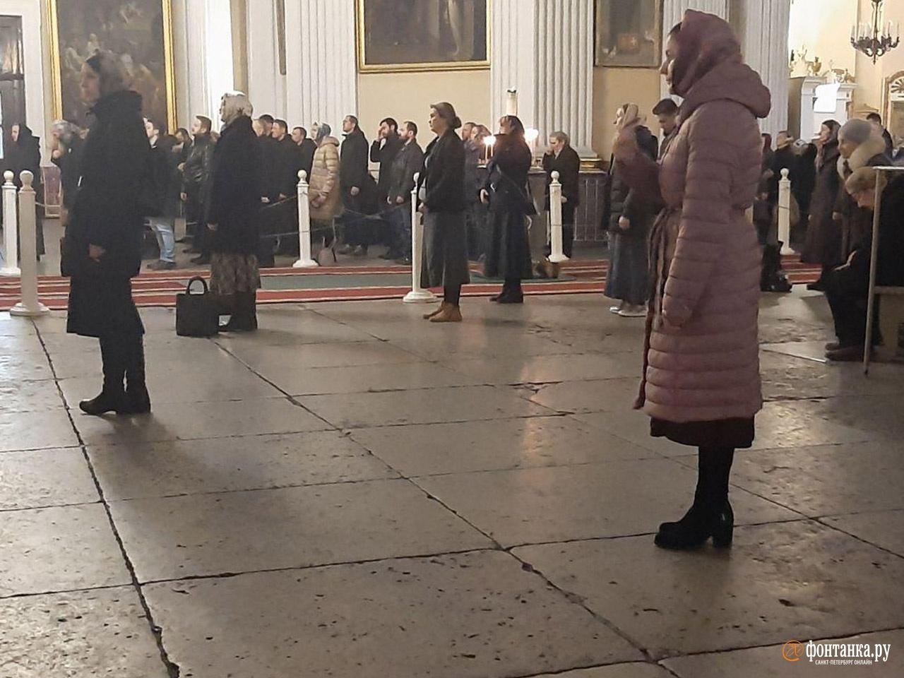 Троицкий собор Александро-Невской лавры