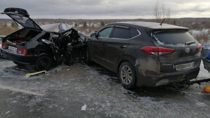 Машину занесло: видео смертельного ДТП, где погибла 13-летняя тюменская школьница