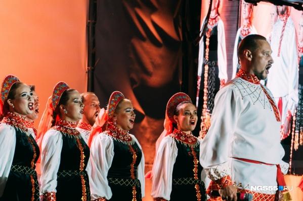 Омский хор и симфонический оркестр дали незапланированный концерт