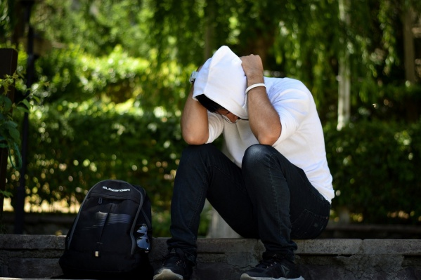 Многие мужчины стесняются говорить о деликатных проблемах и думают: если не обращать внимания, само рассосется