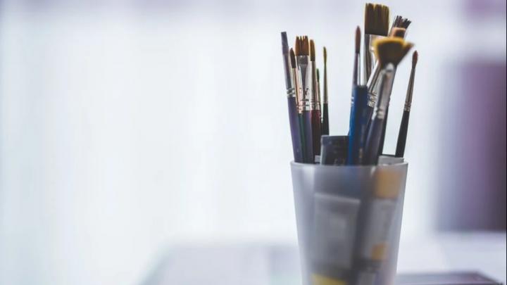 Рисунок красноярской школьницы станет частью книги о мире будущего