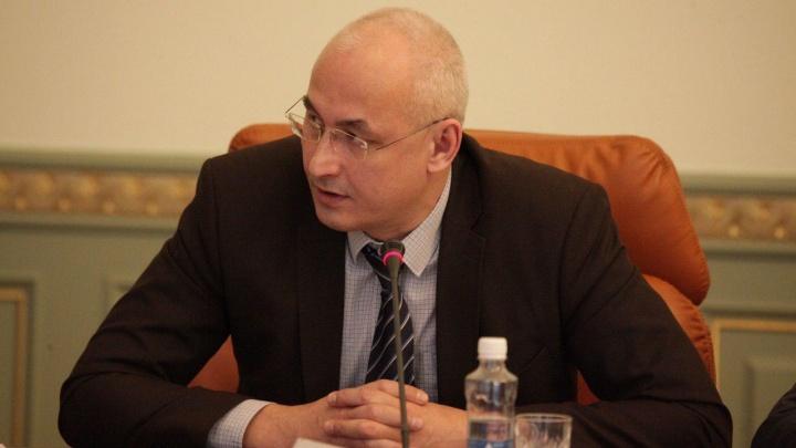 Министр образования Челябинской области высказался о возможности роспуска школ из-за коронавируса