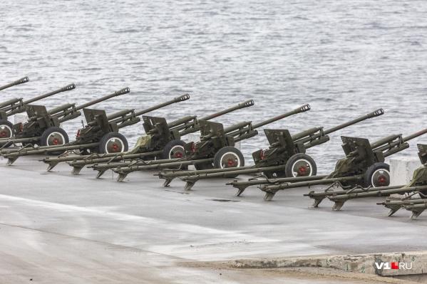 «Выстрел памяти» раздастся в полдень на Центральной набережной Волгограда