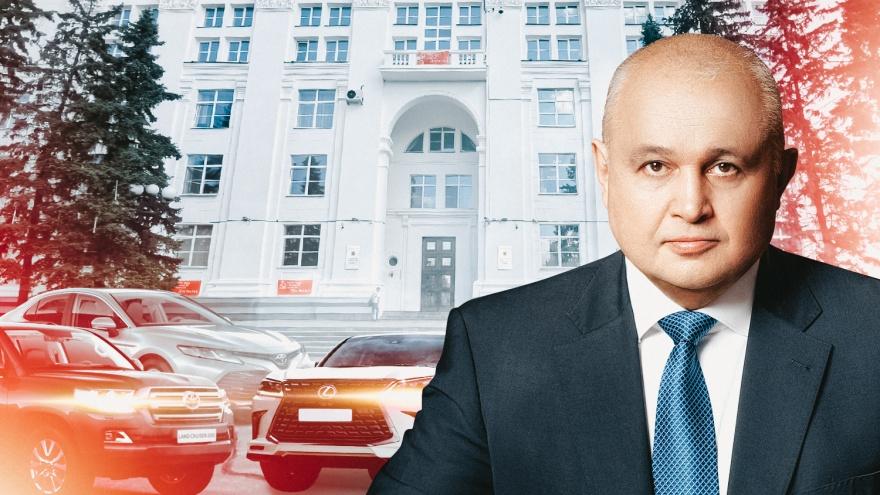 «Крузеры», «Камри» и «Лексус»: какие служебные машины возят заместителей губернатора Кузбасса