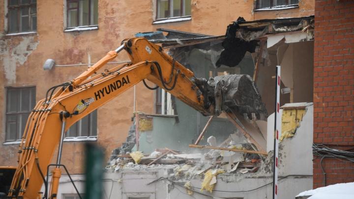«Продать квартиру будет невозможно». 10 вопросов екатеринбуржца о реновации