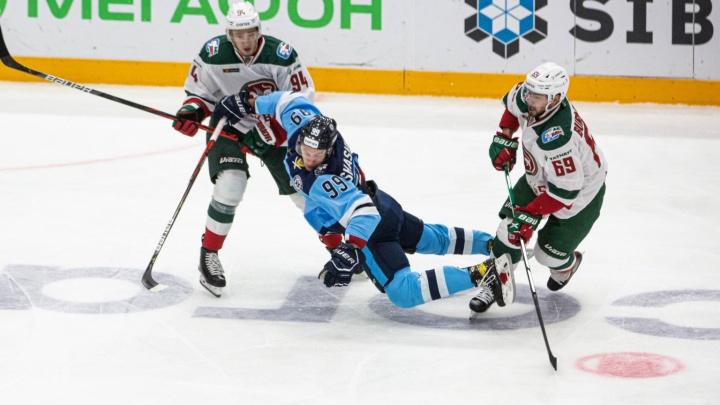 Шестое поражение подряд: ХК «Сибирь» в домашнем матче проиграл казанскому «Ак Барсу»
