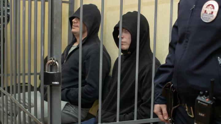 Суд отпустил на свободу екатеринбургских полицейских, обвиняемых в изнасиловании