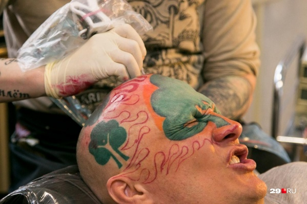А вы планировали делать себе татуировку?