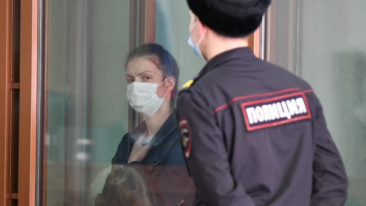 В деле об убийстве Ксении Каторгиной показания дали мать убитой и мать обвиняемой. Онлайн