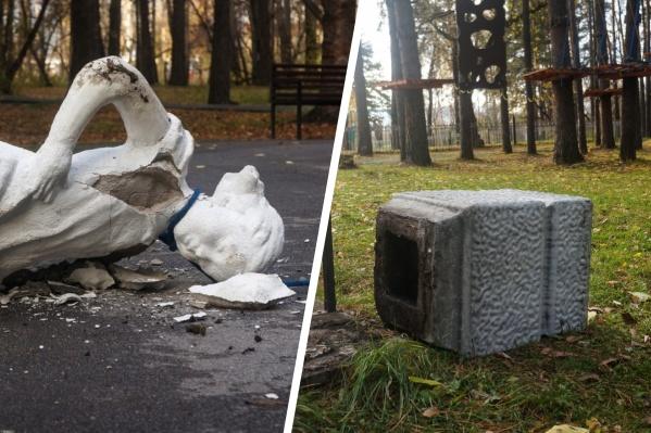 По предварительной информации, скульптуру перевернули три вандала