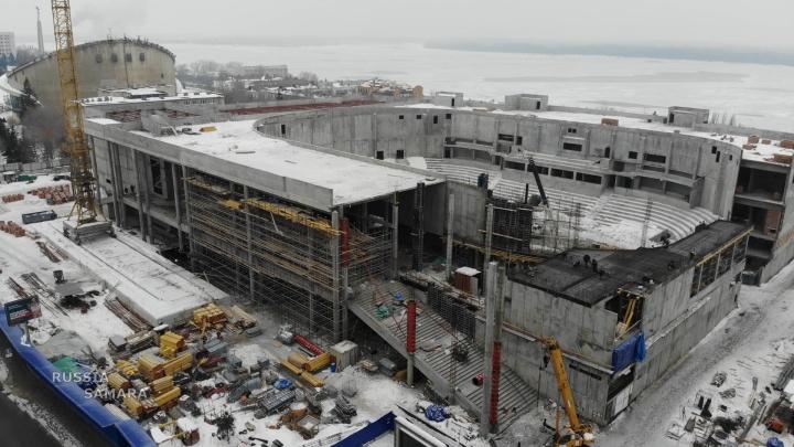 Поставили колонны: как продвигается строительство Дворца спорта на Молодогвардейской